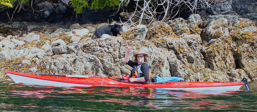 Kayak bearwatching